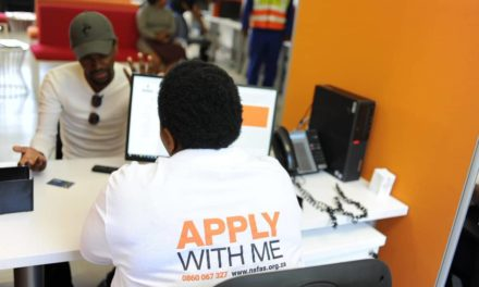 Students rush to apply for NSFAS